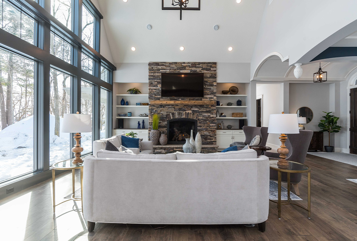 4025 Pine Point Road-Sartell-living-room